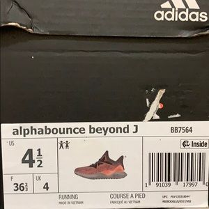 Adidas alphabounce beyond J shoes for girls